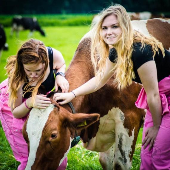 verzinhet-fotografie-markelo-twentse-boerin-fotoshoot-op-de-boerderij-MVDK_20160710_1264