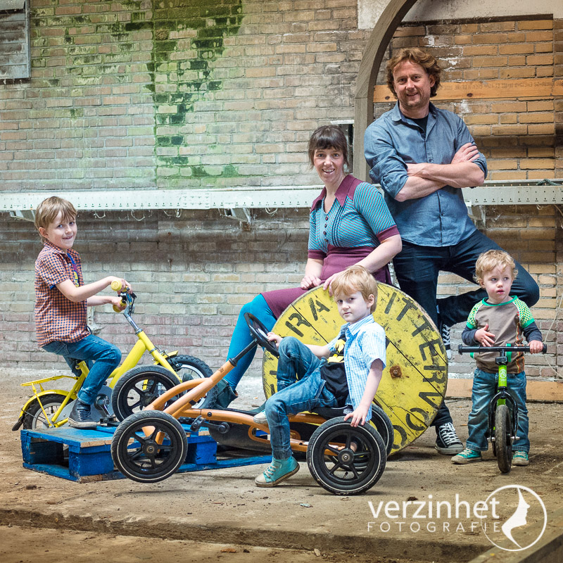 familieportret-kaasfabriek-markelo-verzinhet-fotografieMVDK_20160516_8588