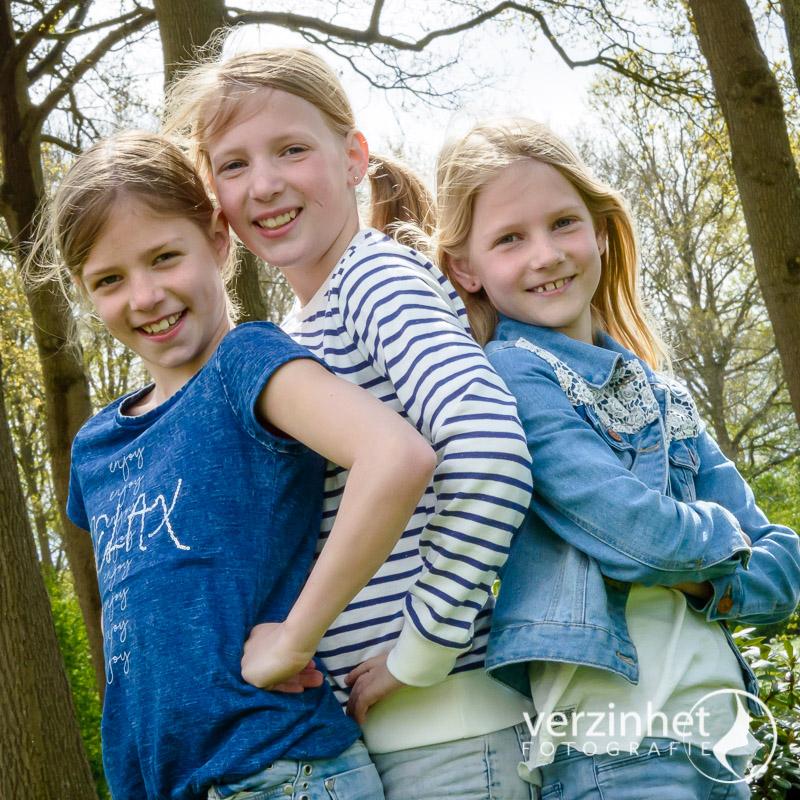 familieportret-locatie-verzinhet-fotografie-markelo-MVDK-20170423-9651
