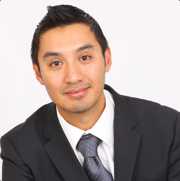 Damien Nguyen Headshot