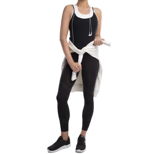 Donna con scarpe da ginnastica nere Skechers Go Run 400