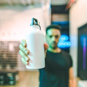 Campagna Rebel Against Plastic - borraccia