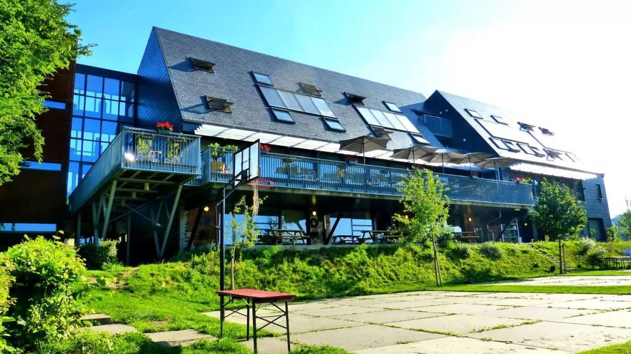 Limburgse gastvrijheid in een atypische hostel tussen het groen