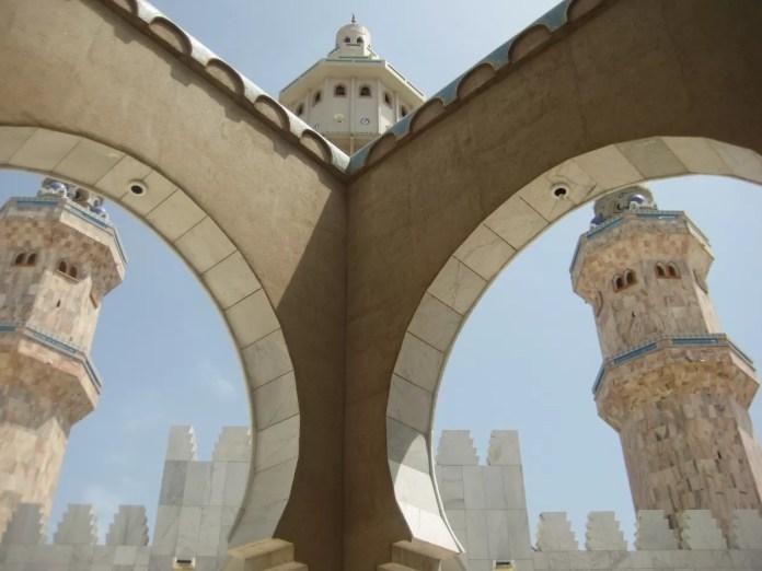 mosque 1335350 1920