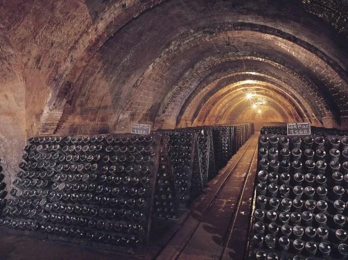 Interior de les caves Codorniu Catalan Tourist Board Bedmar