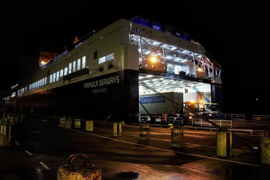DFDS haven vrachtschip göteborg