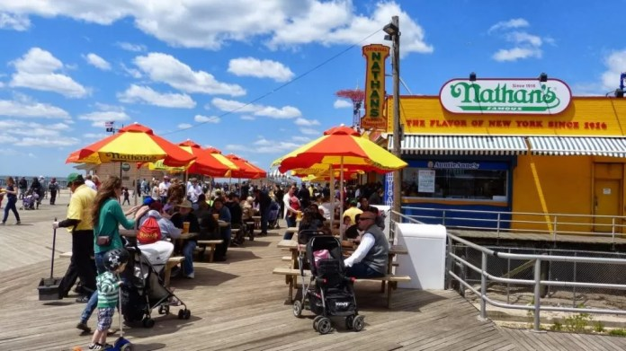 must do's in New York Coney island