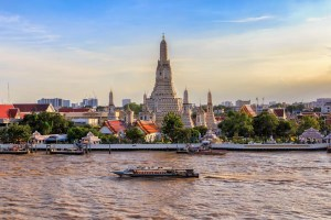 Wat Arun GettyImages 875666134