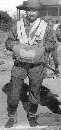 2- Cte Pallás, fundador de los paracaidistas