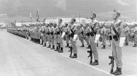 La XIII bandera de la Legión marcha de El Aaiún a Sidi Ifni