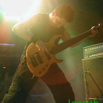 Arjan Heijden (Bass)