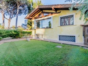 infernetto-vendita-villa-indipendente-29-380f4afe