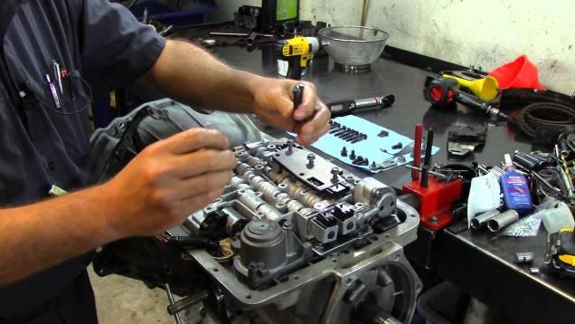 4L60E Transmission – Valve Body Installation