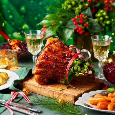 7 Christmas Foods That Keep Your Eyes Healthy