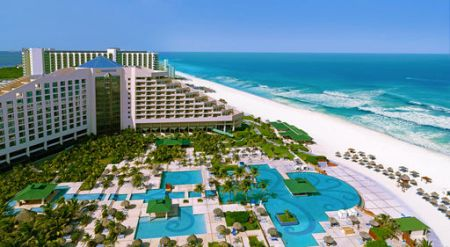 All Inclusive Vacations   America s  1 Tour Operator   Apple Vacations Cancun Deals      Iberostar Cancun