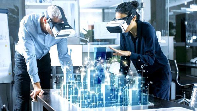 Virtual reality as sharp as the human eye can see?