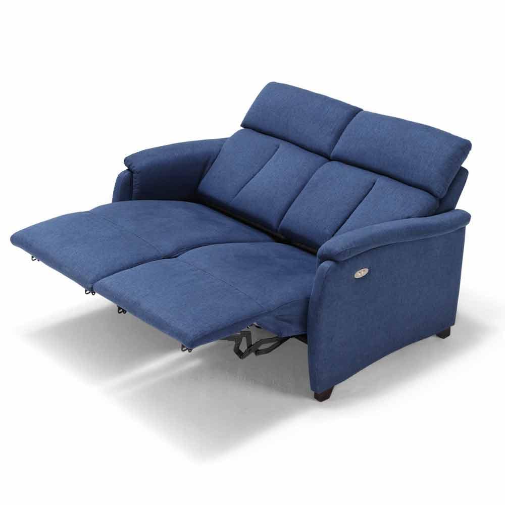 Visita il nostro outlet di salotti per trovare le migliori offerte di divani di design in diversi stili a prezzi scontati per rinnovo esposizione. 2 Seater Sofa Gelso With Two Recliner Seats Modern Design