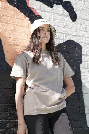 T-shirt sabbia personalizzabile