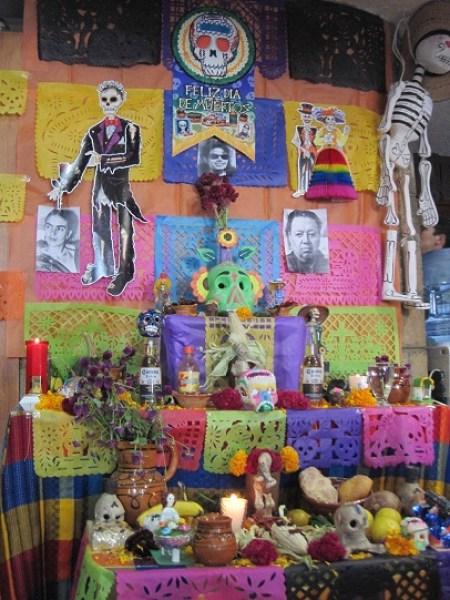 Altar no Museu da Frida Kahlo, na capital mexicana. Foto: Lucila Runnacles