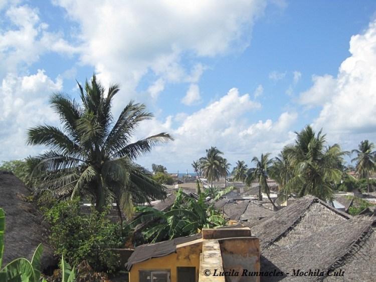 telhado macuti ilha de moçambique