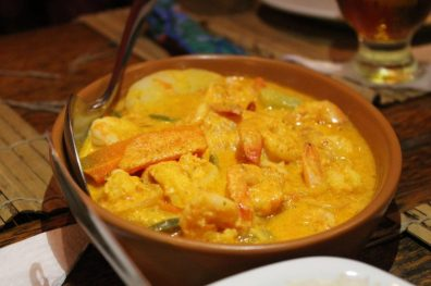 Camarões à Manzuá, no Restaurante Manzuá, em São Miguel dos Milagres