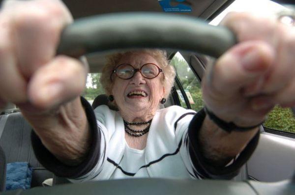 VIAGER SOLIDAIRE – Stage de conduite pour les seniors avec la Prévention Routière.