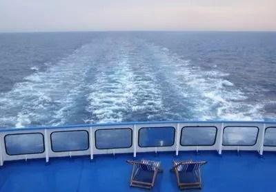 Traghetti per Grecia e Sardegna: 3 trucchi per non farsi fregare