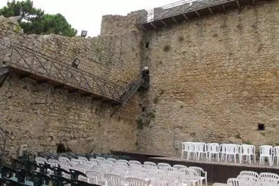 La Fortezza Pisana a 2€