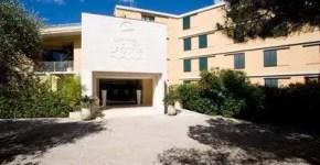 Lacona, Isola d'Elba, Hotel e ristorante sul mare
