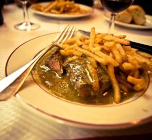 Mangiare a Parigi low cost: Le Relais de L'Entrecôte
