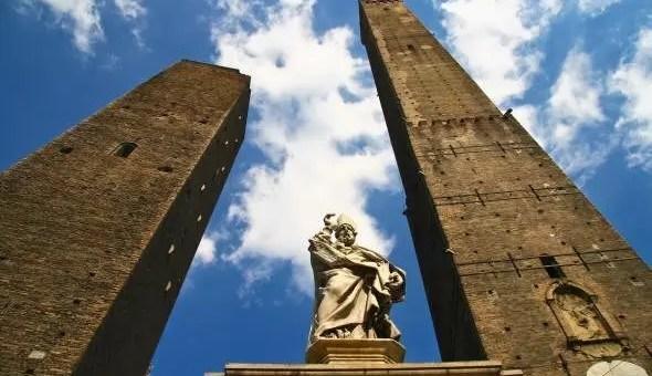 Alla scoperta dei 7 segreti di Bologna