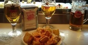 Tapasa tradizionali a Barcellona: L'Esquinica