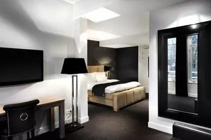 Dormire ad amsterdam hotel piet hein viaggi low cost for Dormire ad amsterdam economico