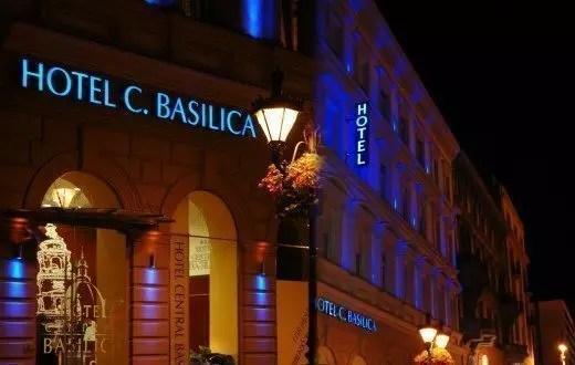 Hotel-central-Basilica-esterno