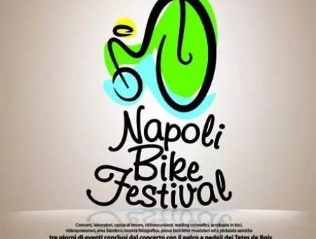 Passeggiando in bicicletta per i Campi Flegrei
