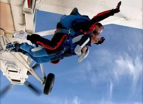 Paracadute in tandem a Molinella a Bologna