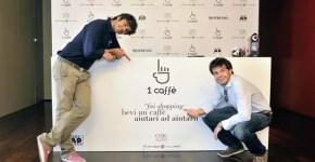 Fare shopping e offrire 1 caffè: al Fidenza Village con Luca Argentero