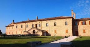 Dormire nella campagna marchigiana a Villa San Martino