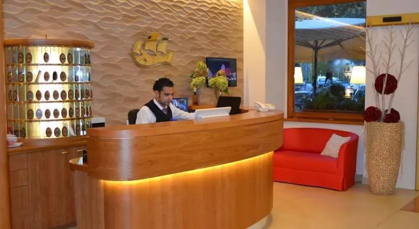 trento-hotel-america-reception