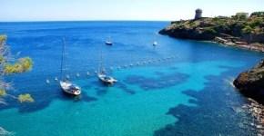 Isola di Capraia, soggiorno tra trekking e calette