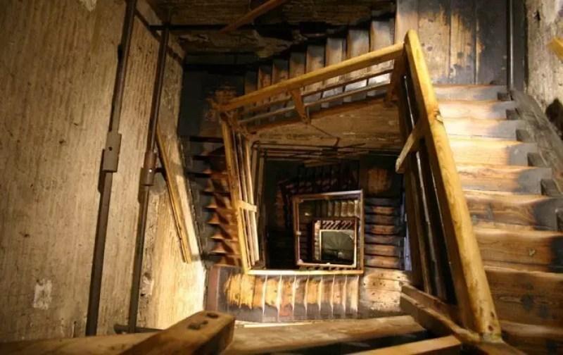 bologna-torre-interno