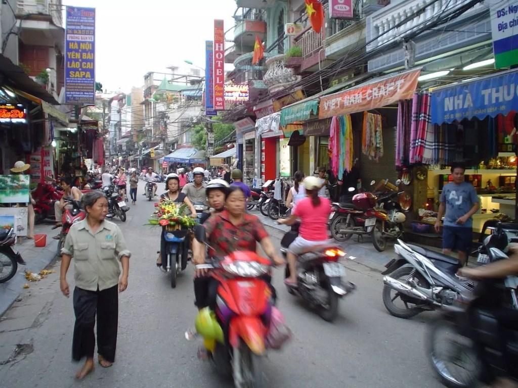 vietnam-Hanoi-moto