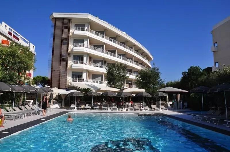 Hotel mariver a jesolo vacanza low cost a venezia la for Dove soggiornare a venezia
