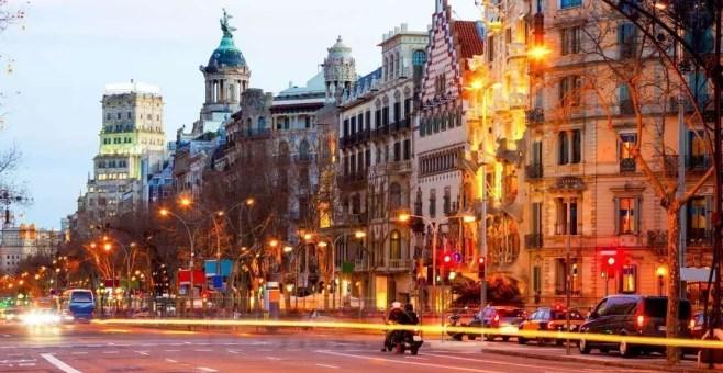 Barcellona, dove dormire: la guida ai quartieri della città