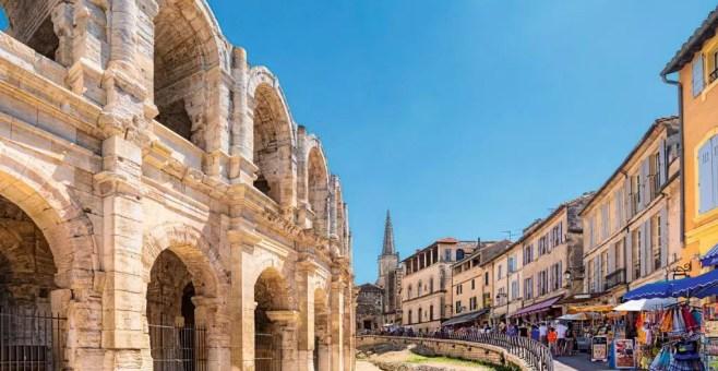 Arles: curiosità, dove mangiare e cosa visitare