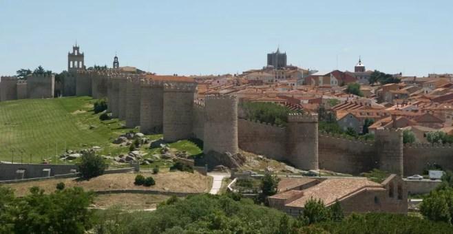 Avila, i 5 luoghi imperdibili della città spagnola