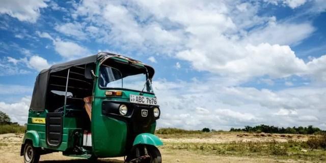 Come muoversi in Sri Lanka: guida a tuk tuk, driver, bus e treni