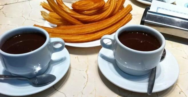 Dove gustare deliziosi churros con chocolate a Madrid