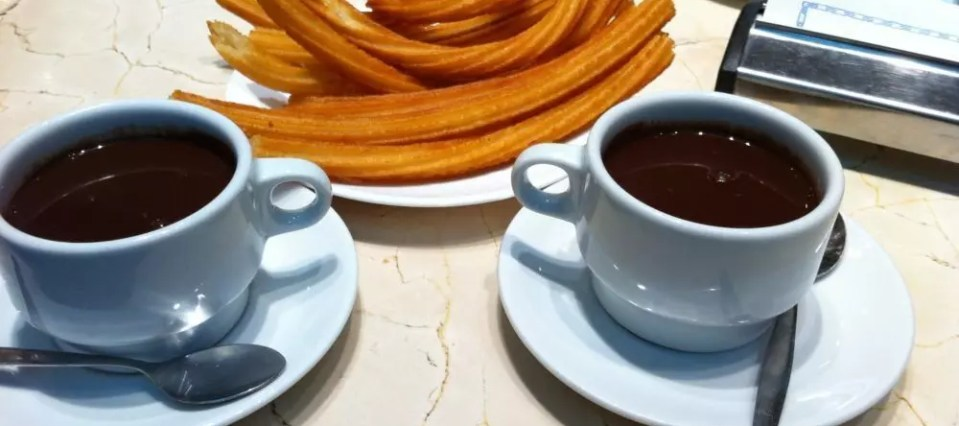 Dove gustare deliziosi churros con chocolate a Madrid