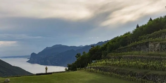 Maso Naranch, Val di Gresta: cenare in un quadro